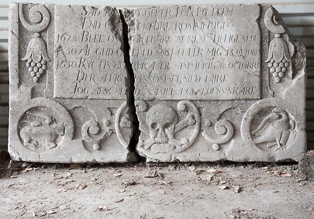 kalkstensplate gravminne skedsmo